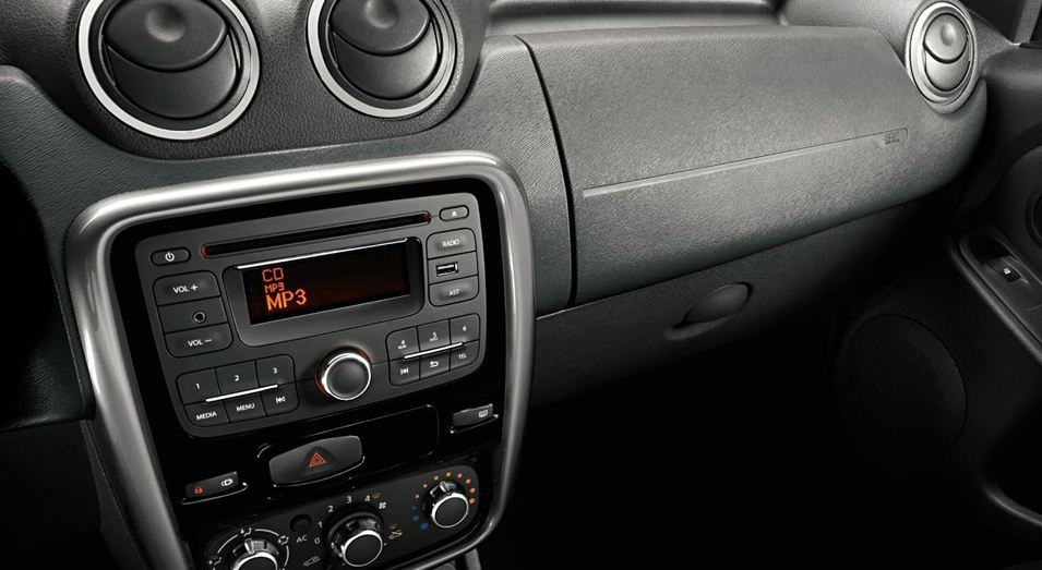 Передняя панель Renault Duster