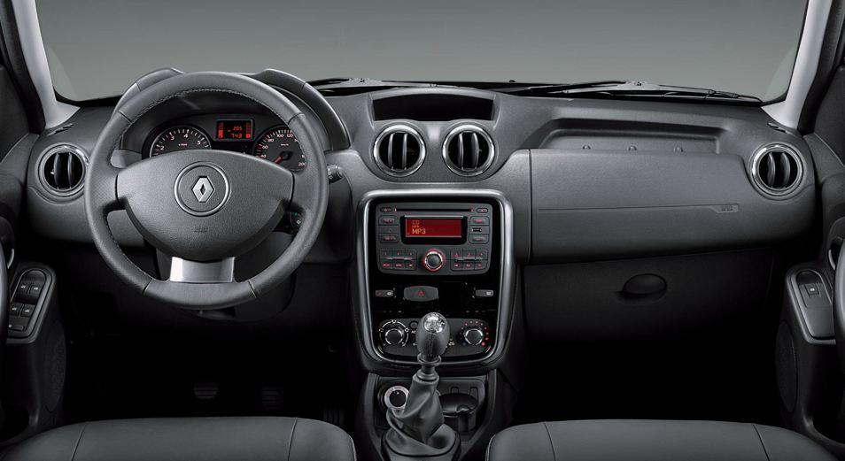 Торпедо, салон, руль Renault Duster