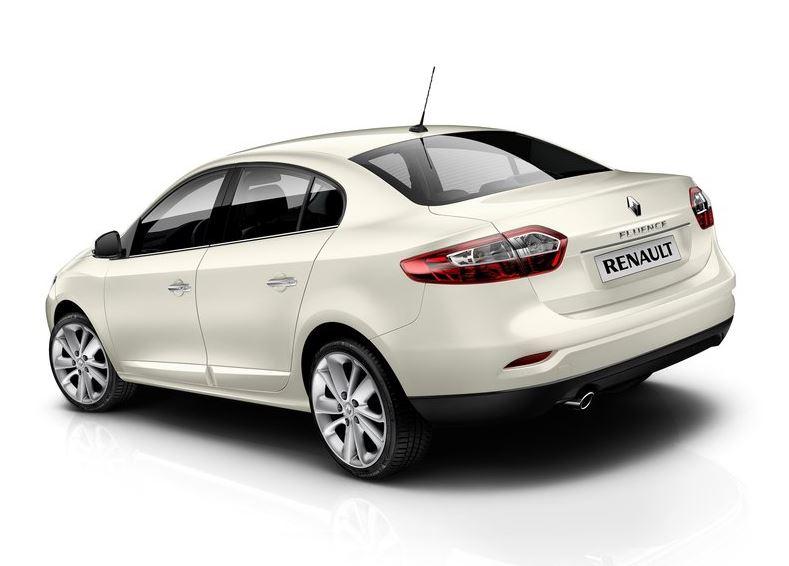 Современный дизайн Renault Fluence, вид сзади