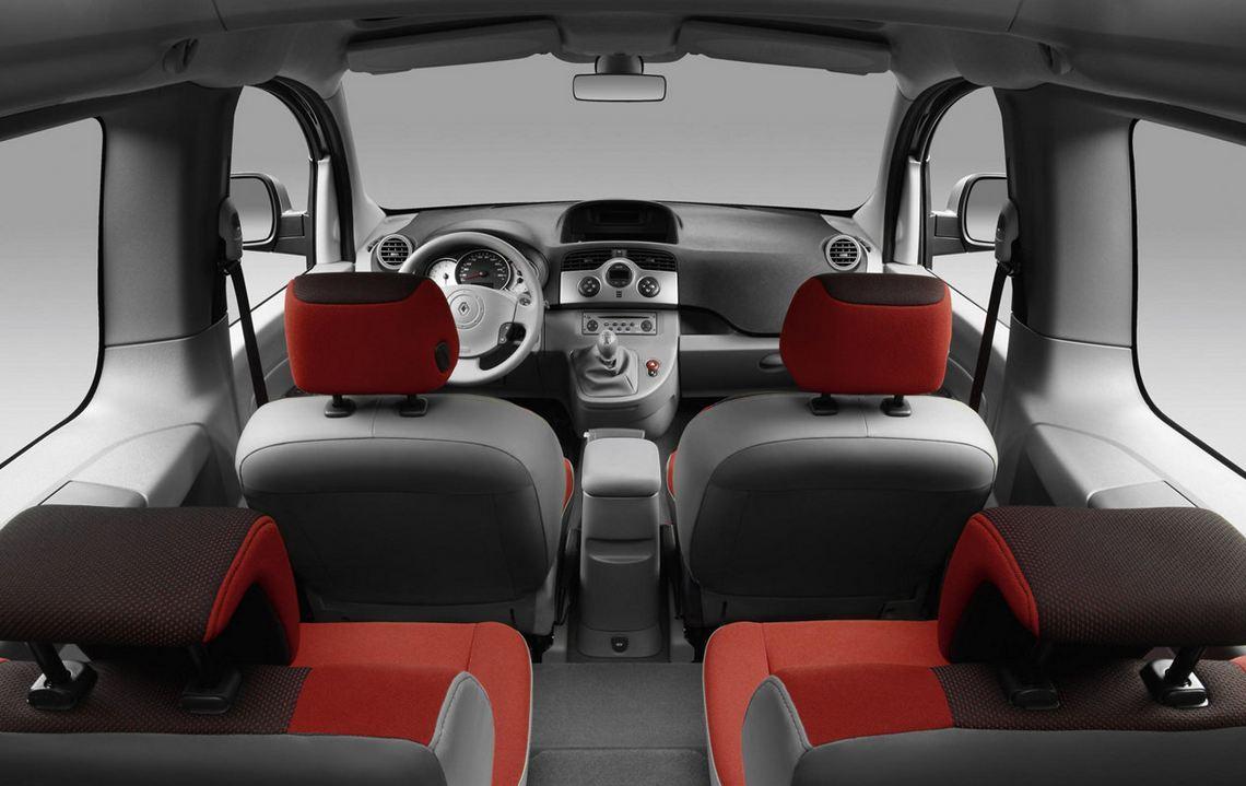 Красные сиденья Renault Kangoo