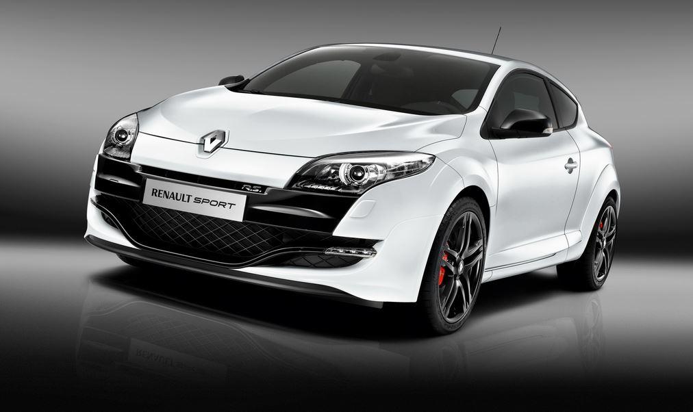 Белый Renault Megane Sport RS вид спереди