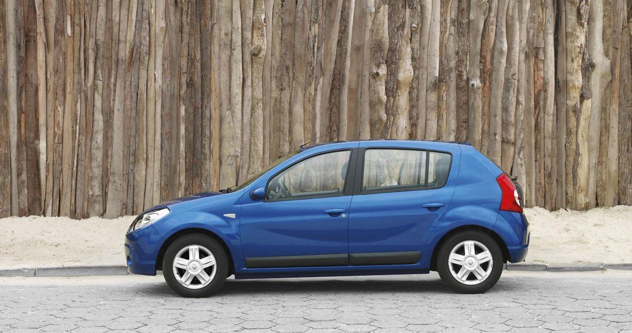 В движении Renault Sandero