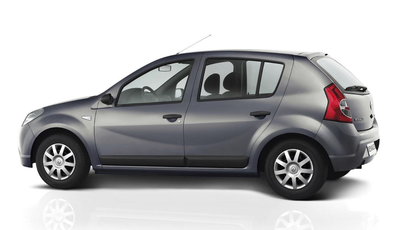 Серый красавец Renault Sandero