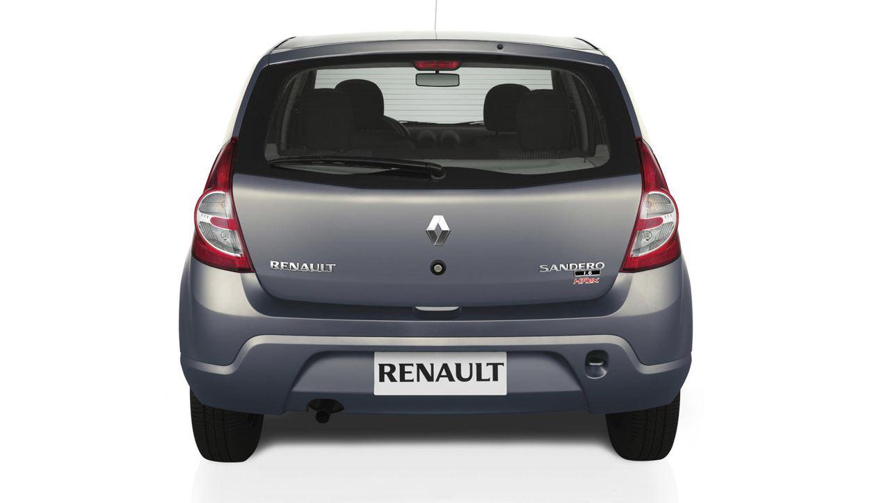 Серый Renault Sandero, вид сзади
