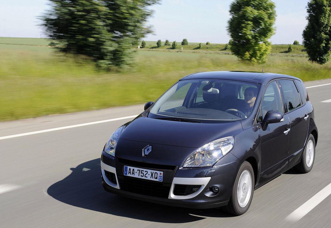 Стремительный Renault Scenic