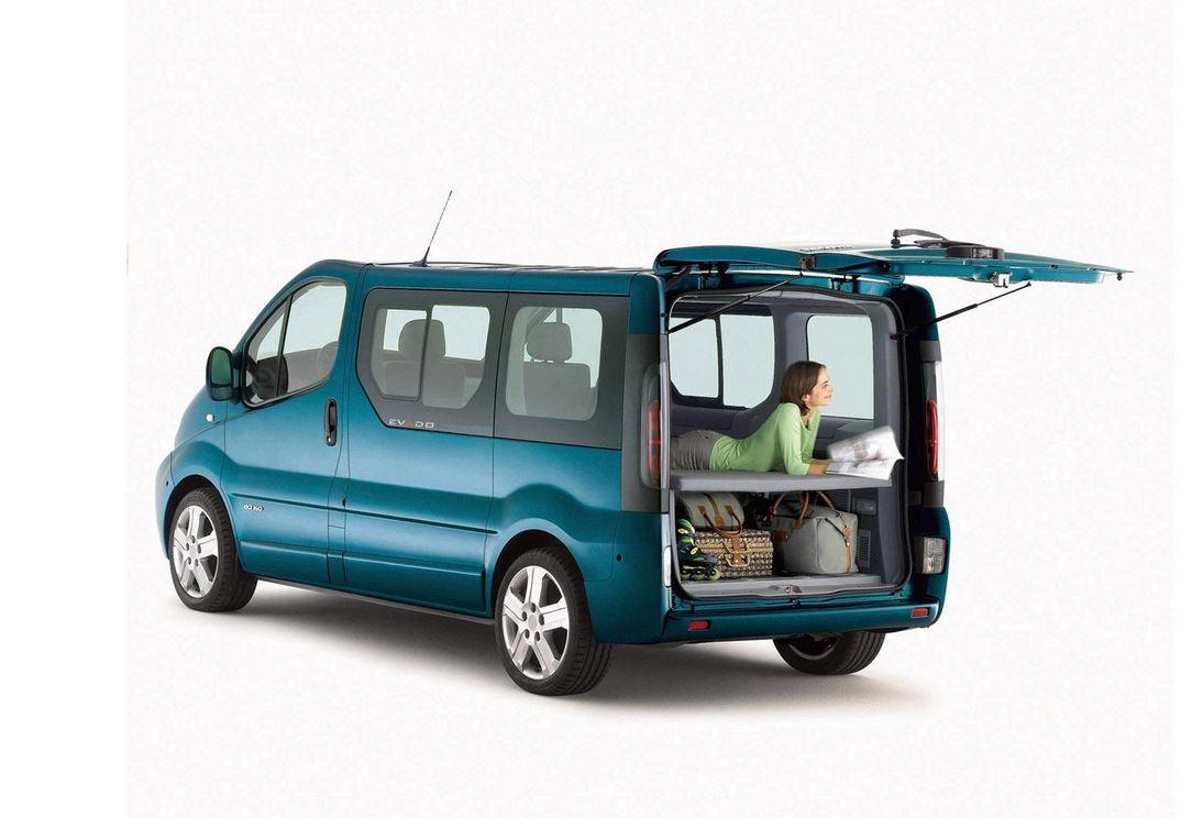 так рено микроавтобусы модельный ряд духи осень 2013: